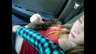 GF fingered in car