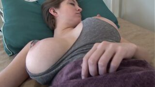 Waking up GF by cumming on her face!